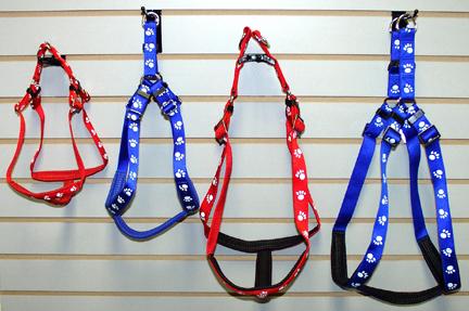 Kwik Step Padded Nylon Paw Print  Harnesses